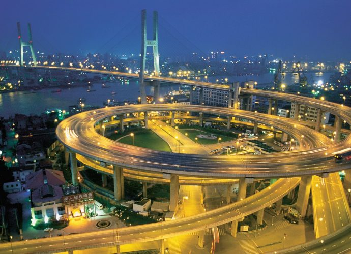 Мост Нанпу в Шанхае ночь город
