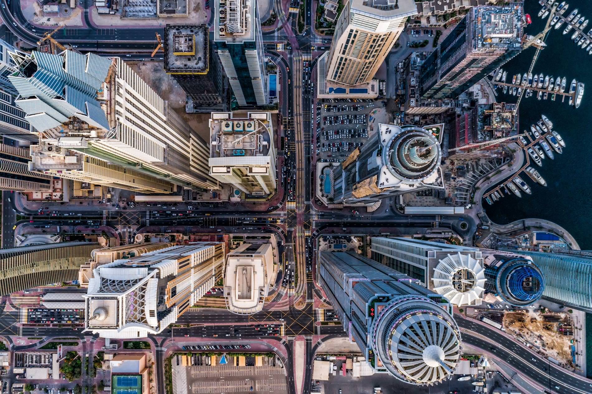 Бетонные джунгли небоскребы город