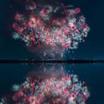 Японский фейерверк Япония фейерверк ночь море