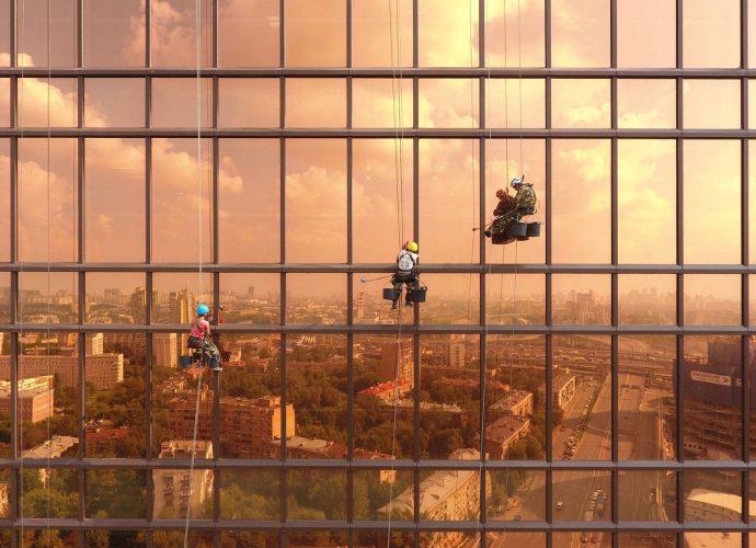 Закат на башне Меркурий небоскребы город