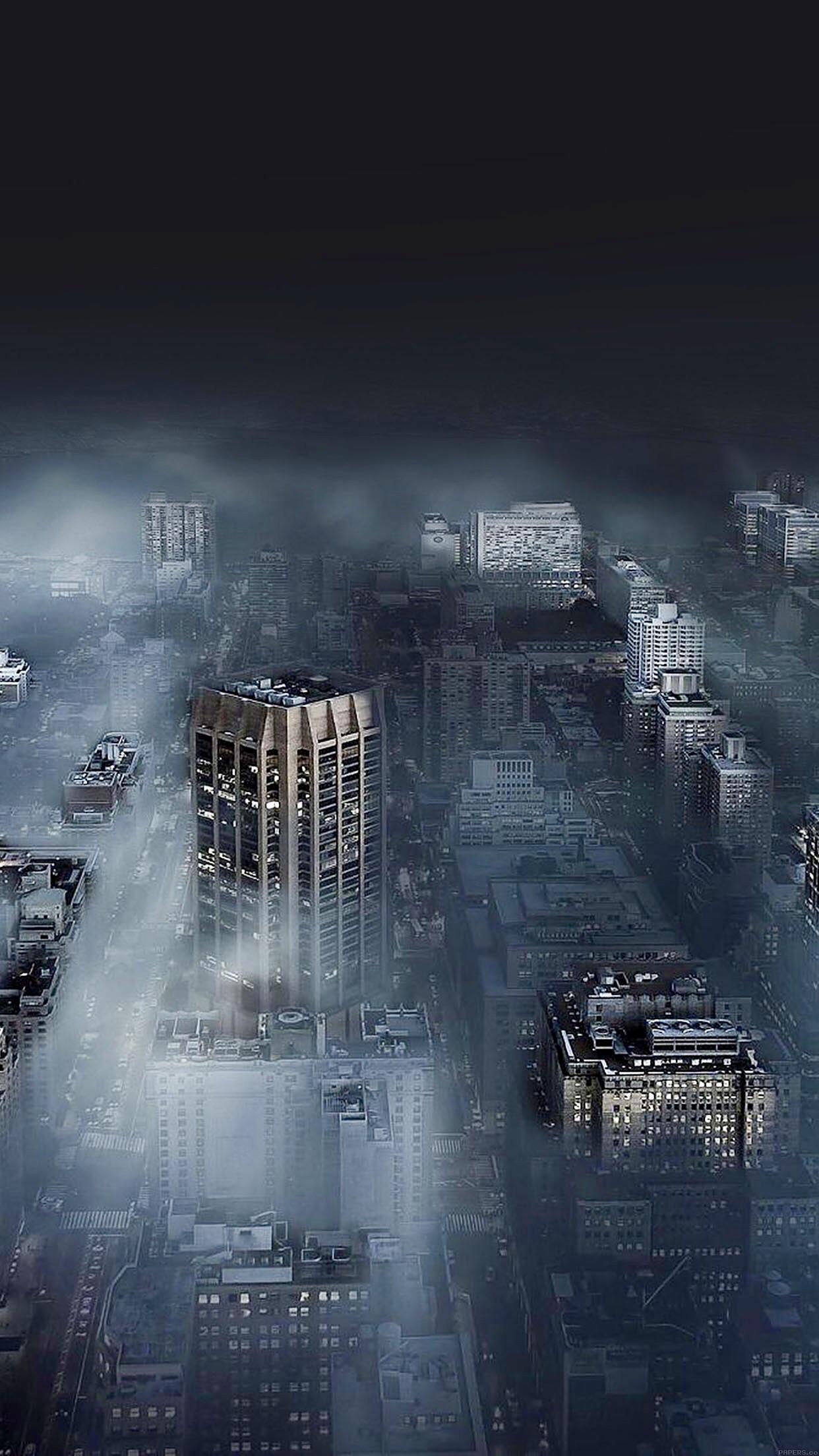 Город в ночном тумане туман ночь небоскребы город