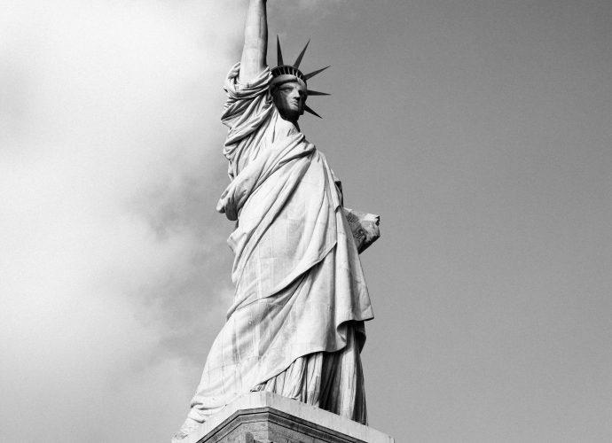 Статуя Свободы США статуя