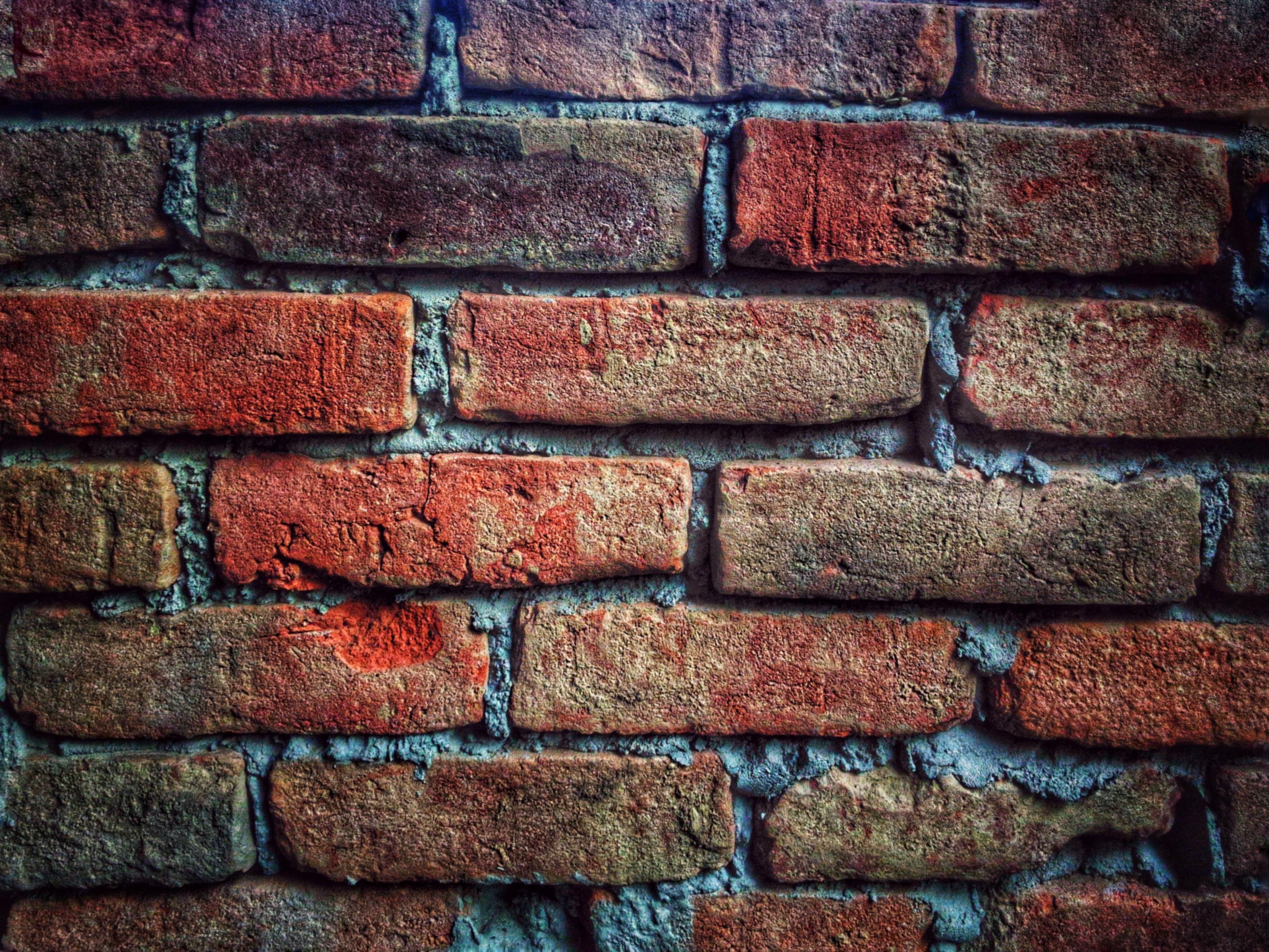 Кирпичная стена кирпич