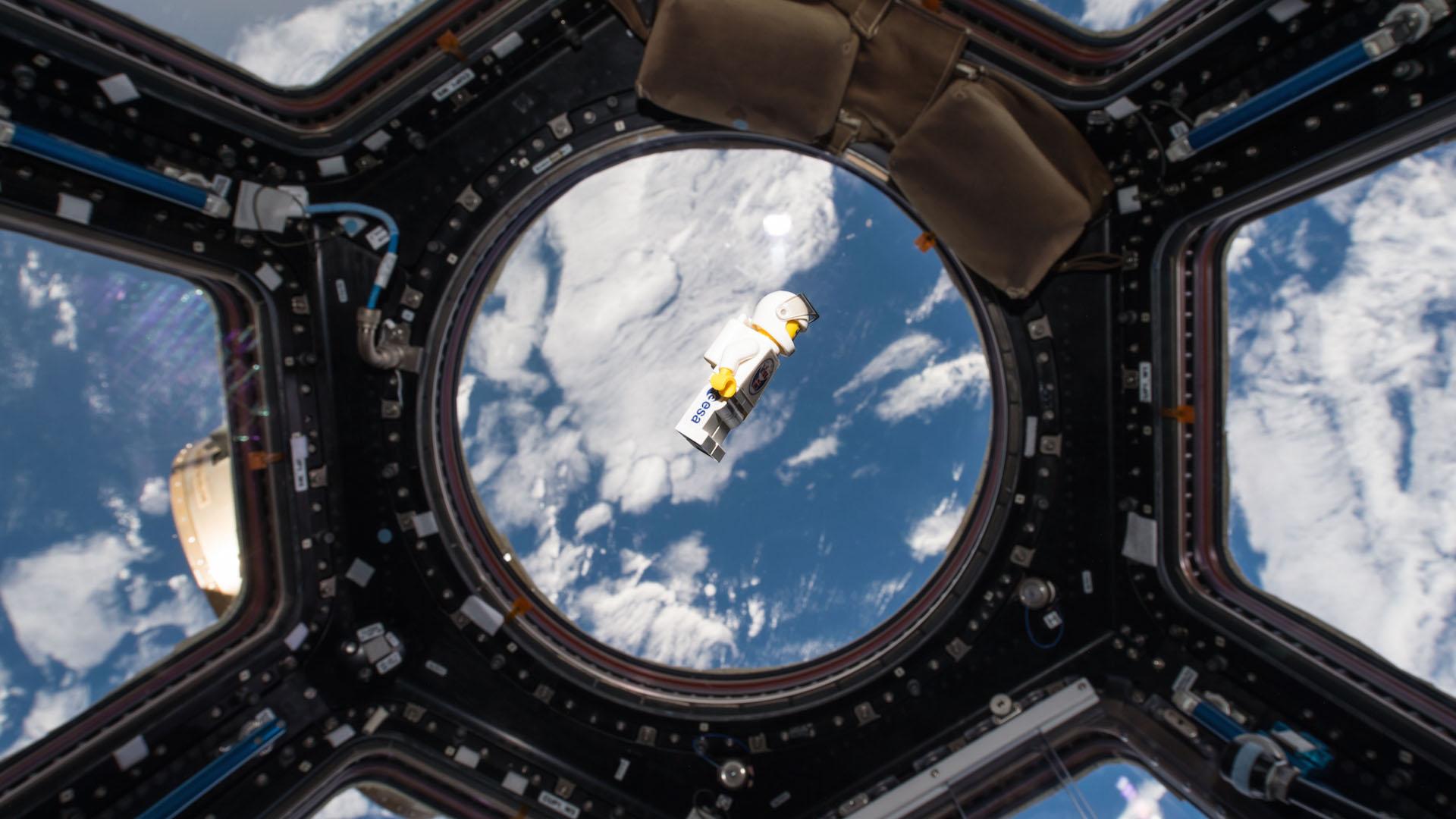Лего-астронавт небо лего космос космонавт